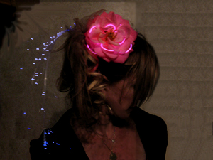 Glowing EL Wire flower with Fiber optic sprays